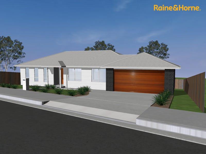 13 Reeves Crescent, Kingston, Tas 7050