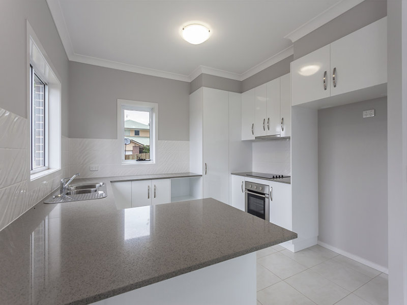Unit 3, 5 Messines Street, Harlaxton, Qld 4350