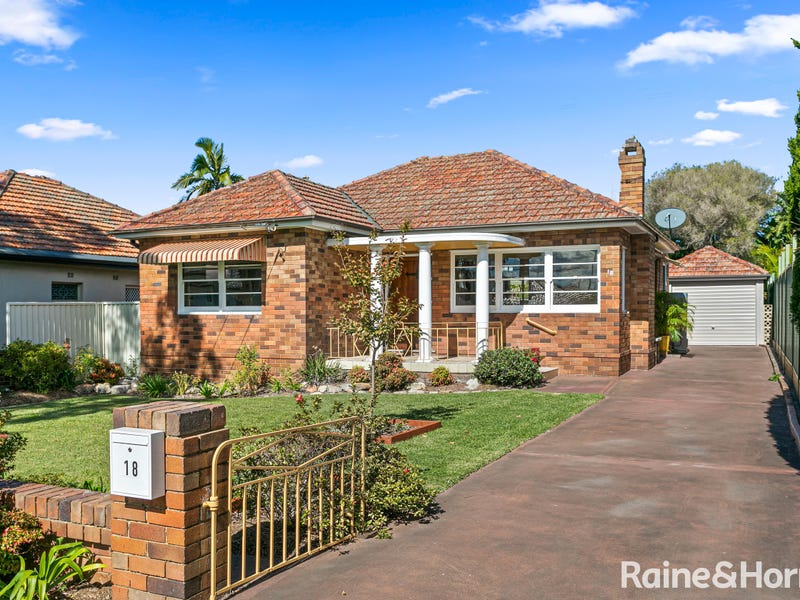 18 Harslett Crescent, Beverley Park, NSW 2217