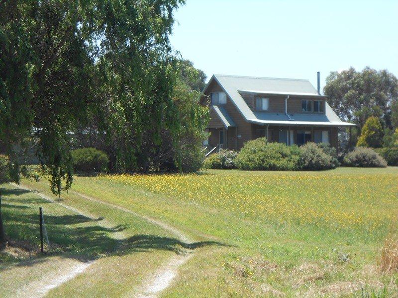 2 McLeod Rd, Waratah Bay, Vic 3959
