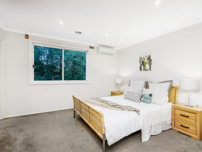 6 Cardwell Court, Ferntree Gully, Vic 3156