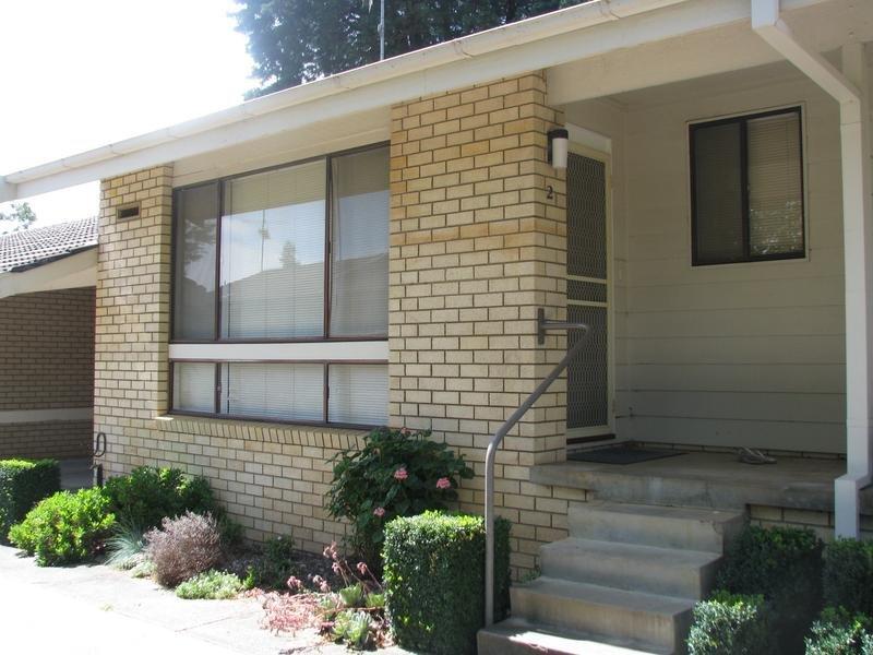 2/10 Arthur Street, Moss Vale, NSW 2577