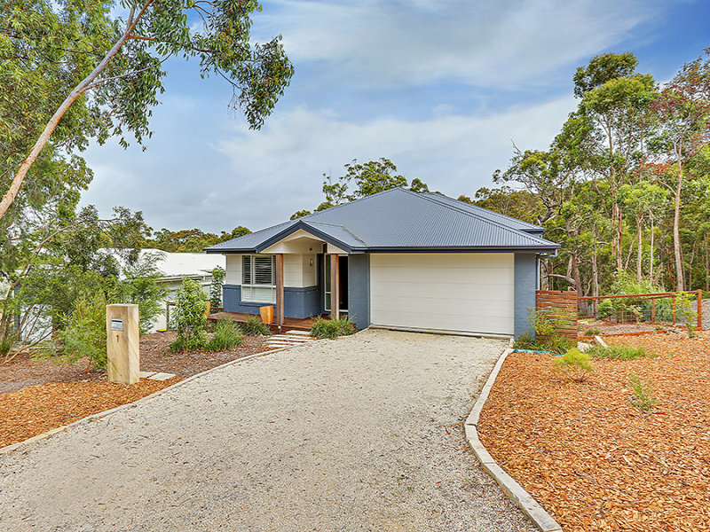 1 Stern Court, Murrays Beach, NSW 2281