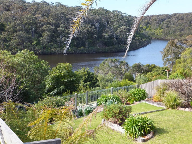 14 Campbell Grove, Lakes Entrance, Vic 3909