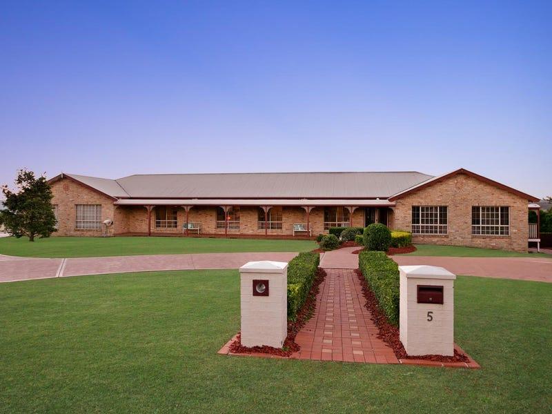 5 Silky Oak Drive, Aberglasslyn, NSW 2320