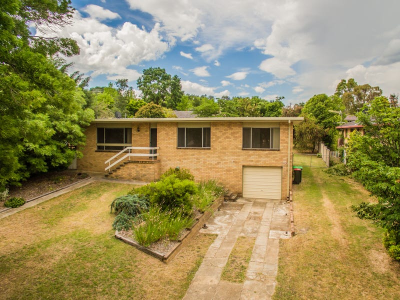 7 Werrina Crescent, Armidale, NSW 2350