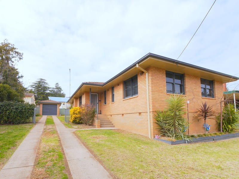 87 Macquarie Street, Cowra, NSW 2794