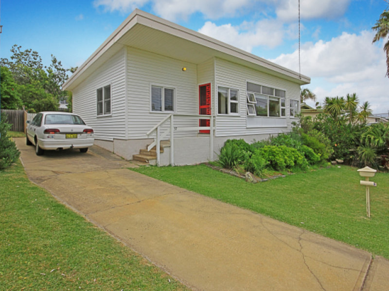 57 Seaside Parade, Dolphin Point, NSW 2539