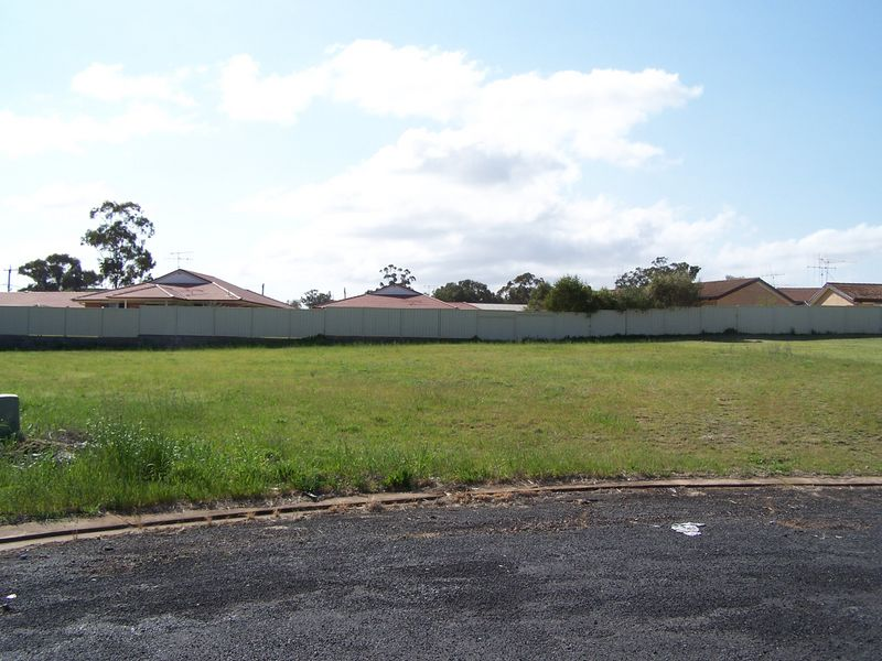 14 Bangalla Crescent, Wellington, NSW 2820