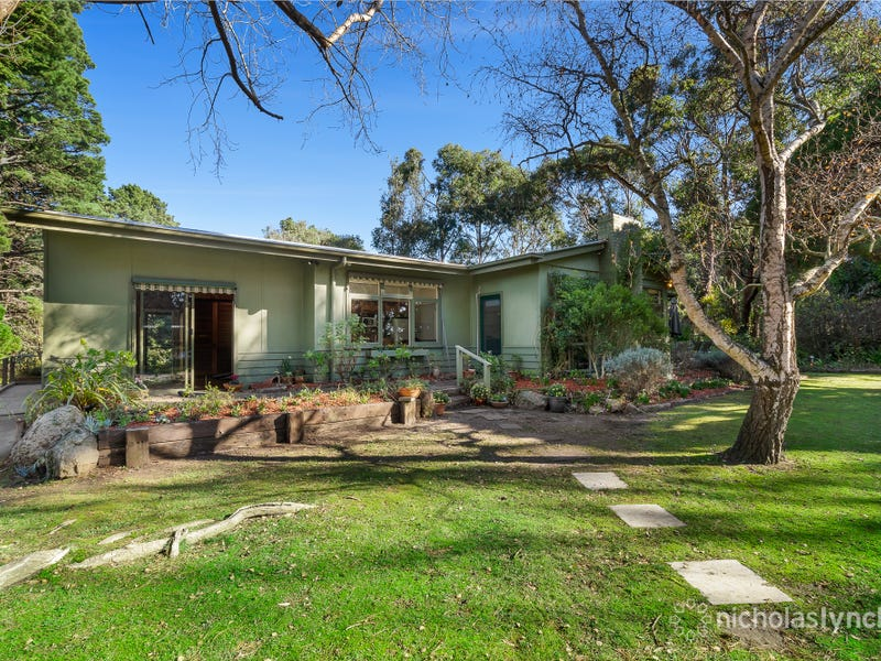 201 Red Hill Road, Red Hill South, Vic 3937