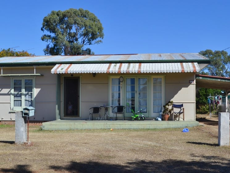57 Murray Street, Pittsworth, Qld 4356