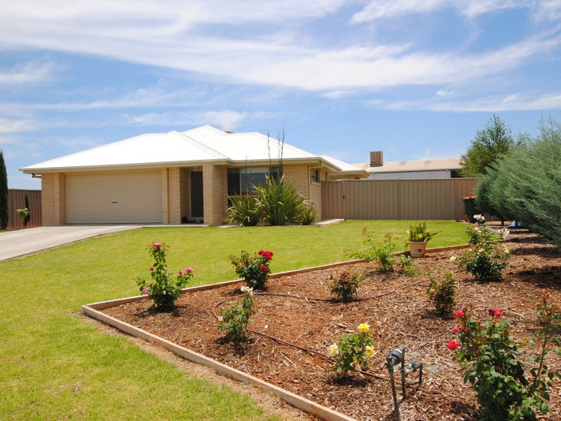 32 Zirilli Avenue, Griffith, NSW 2680