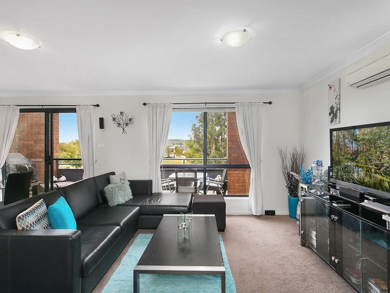 7/4 Jeff Snell Crescent, Dunlop, ACT 2615