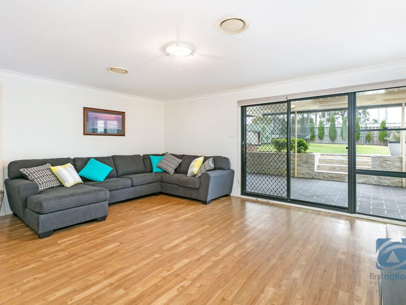 20 Samuel Place, Quakers Hill, NSW 2763