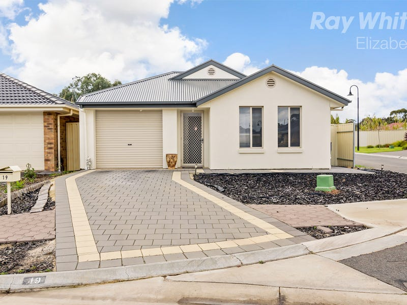 19 Bradford Avenue, Salisbury Heights, SA 5109