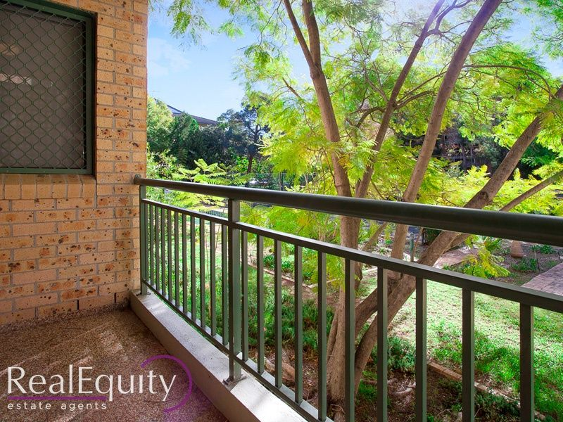 2/211 Mead Place, Chipping Norton, NSW 2170