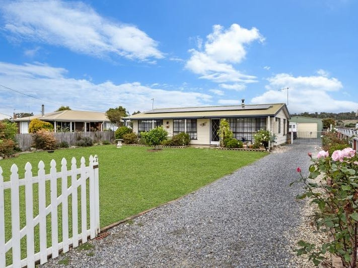 7 West Arm Road, Beauty Point, Tas 7270