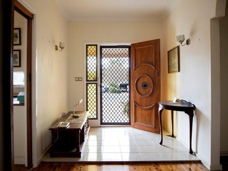 97 Gobolion Street, Wellington, NSW 2820