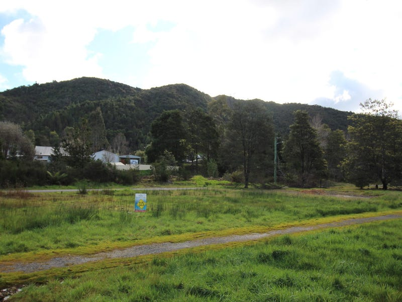 99 Esplanade, Queenstown, Tas 7467