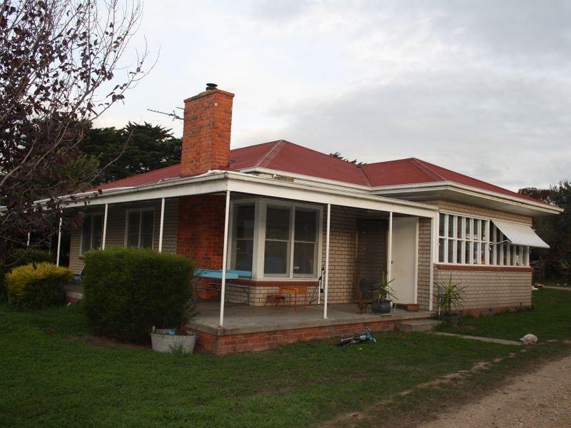495 Bairnsdale Dargo Road, Hillside, Vic 3875