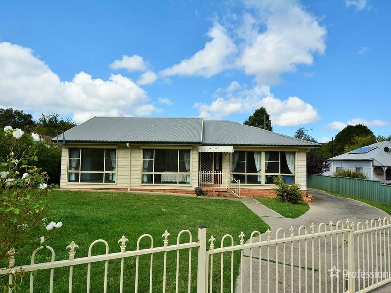 3 Laidley Street, Lithgow, NSW 2790