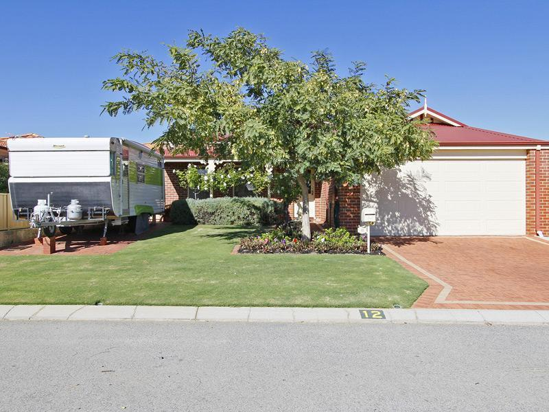12 Marriot Turn, Currambine, WA 6028