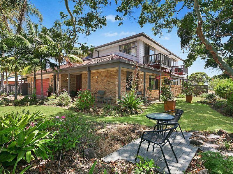 2-4 Walter Conn Road, Stuarts Point, NSW 2441
