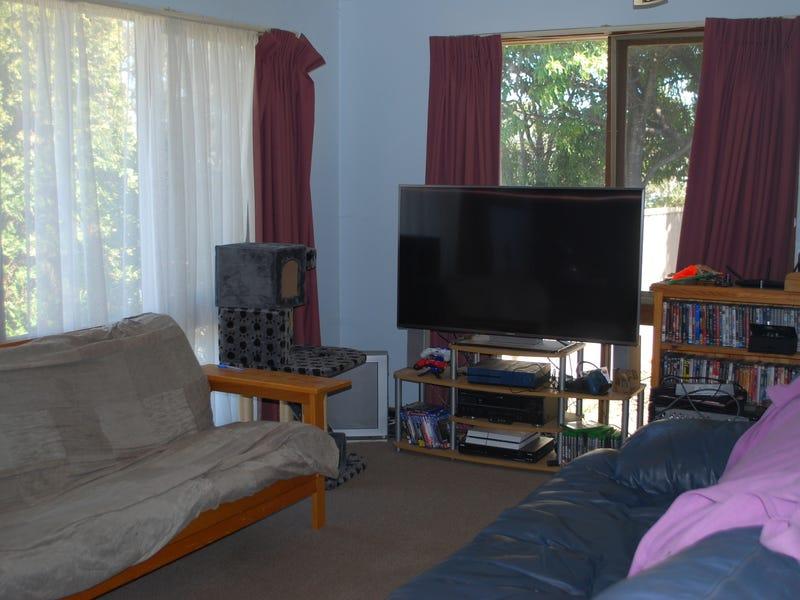 2 Idlewilde Crescent, Pambula, NSW 2549