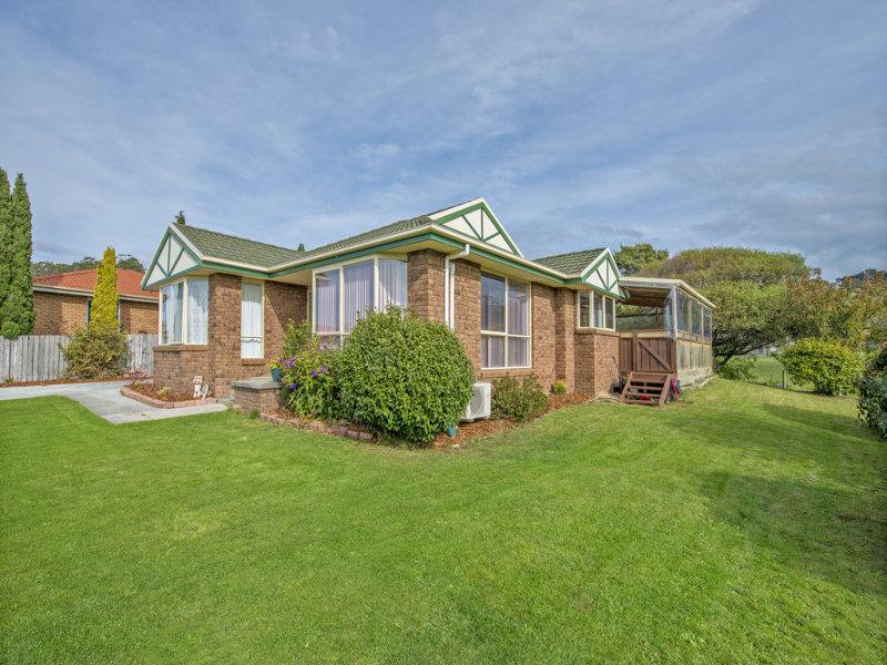 26 Seabreeze Avenue, Sulphur Creek, Tas 7316