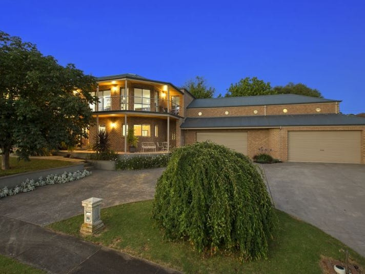 22 Valley View Crescent, Leongatha, Vic 3953