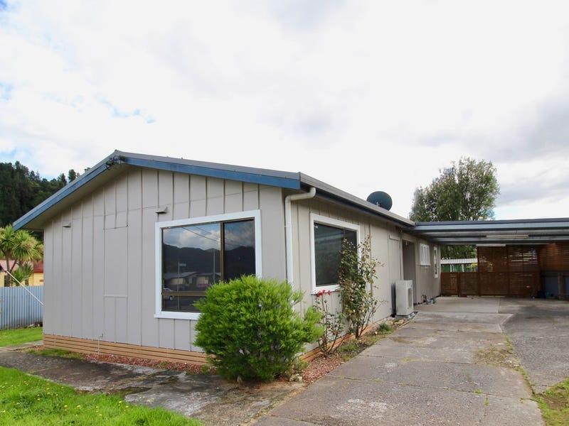 8 Mathew Street, Queenstown, Tas 7467
