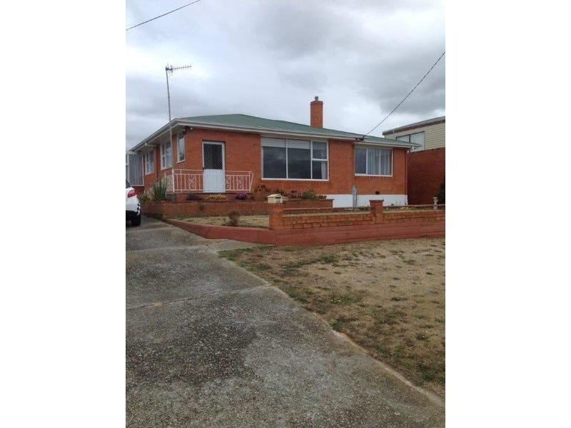 12 Beaufort Street, Somerset, Tas 7322