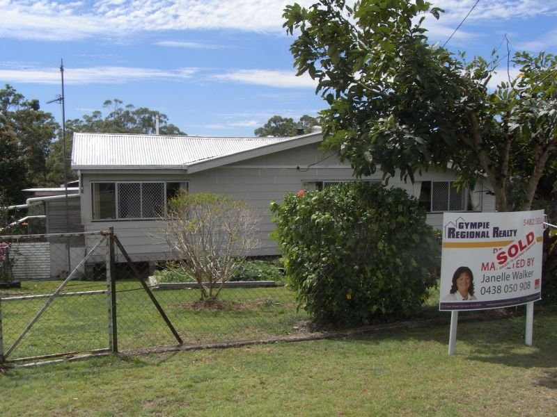 173 Mcintosh Creek Road, Jones Hill, Qld 4570