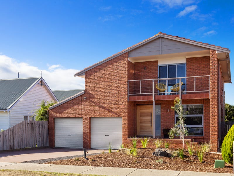 2/12 Golden Beach Way, Torquay, Vic 3228