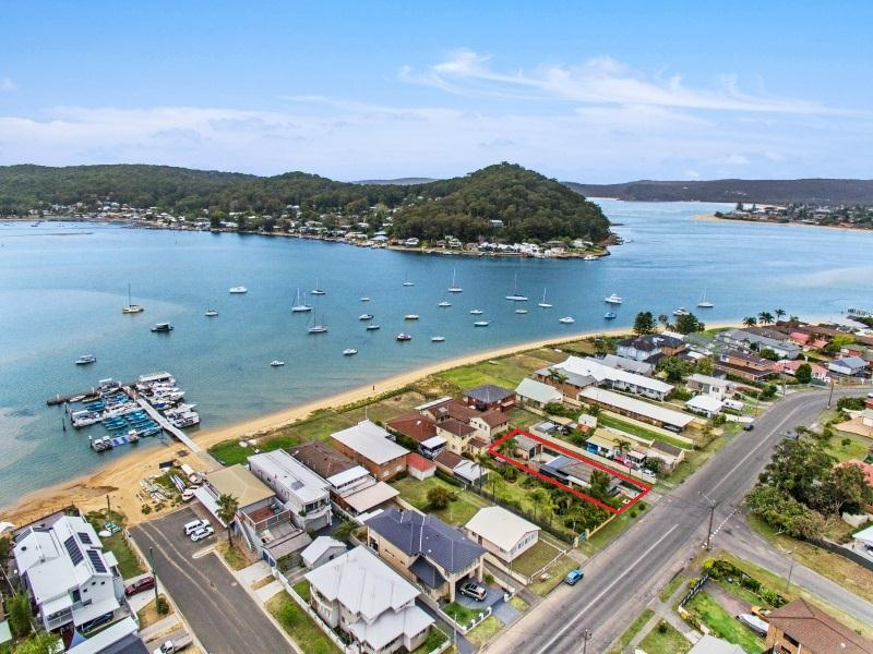 332 Booker Bay Road, Booker Bay, NSW 2257
