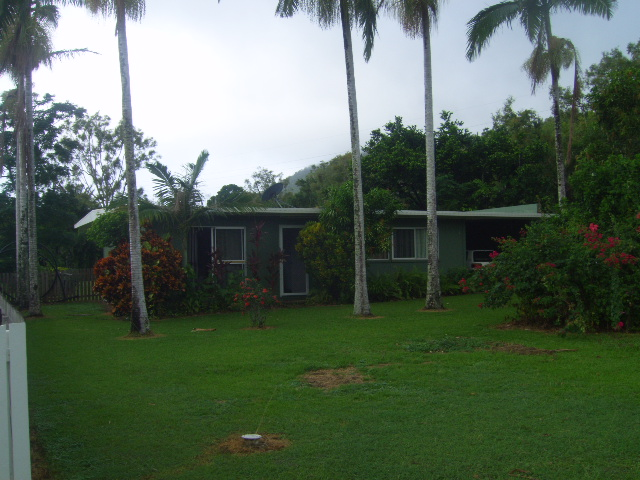 2 Racecourse Road, Cooktown, Qld 4895