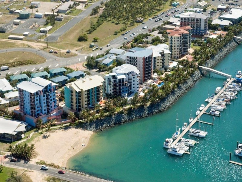 40/8 Breakwater Access Road, Mackay Harbour, Qld 4740