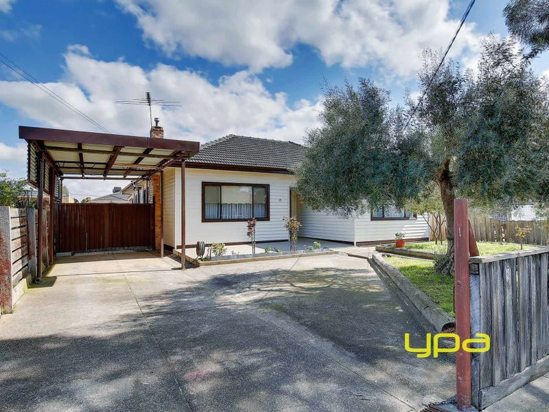 15 Lawrence Street, Hadfield, Vic 3046