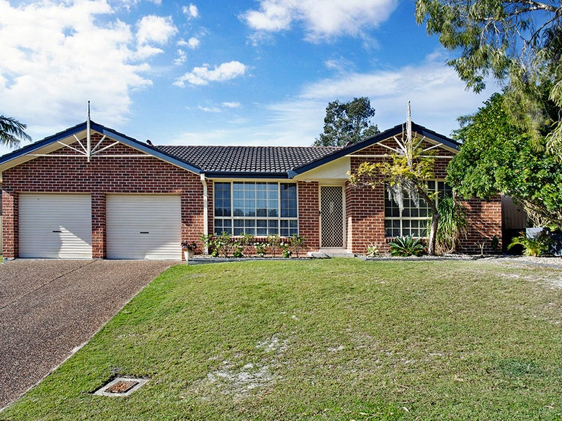 11 Mulloway Place, Corlette, NSW 2315