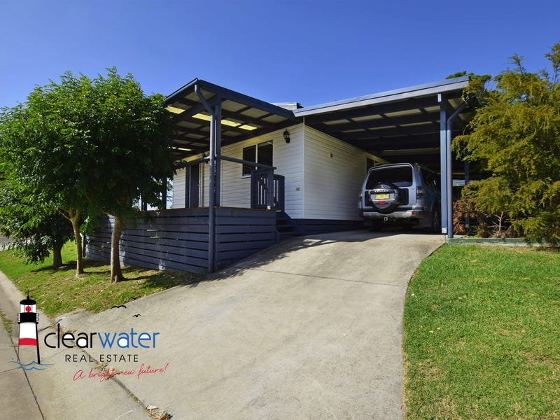 4 Golf Road, Ocean Lake Park, Wallaga Lake, NSW 2546