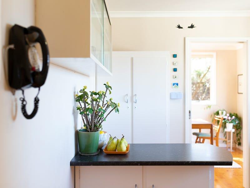 36 Lachlan Street, Macquarie, ACT 2614