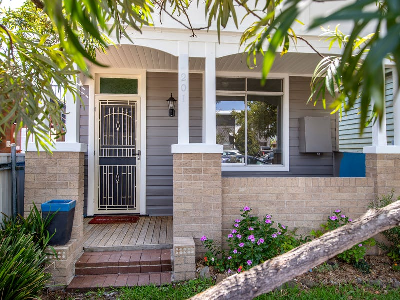 201 Broadmeadow Road, Broadmeadow, NSW 2292