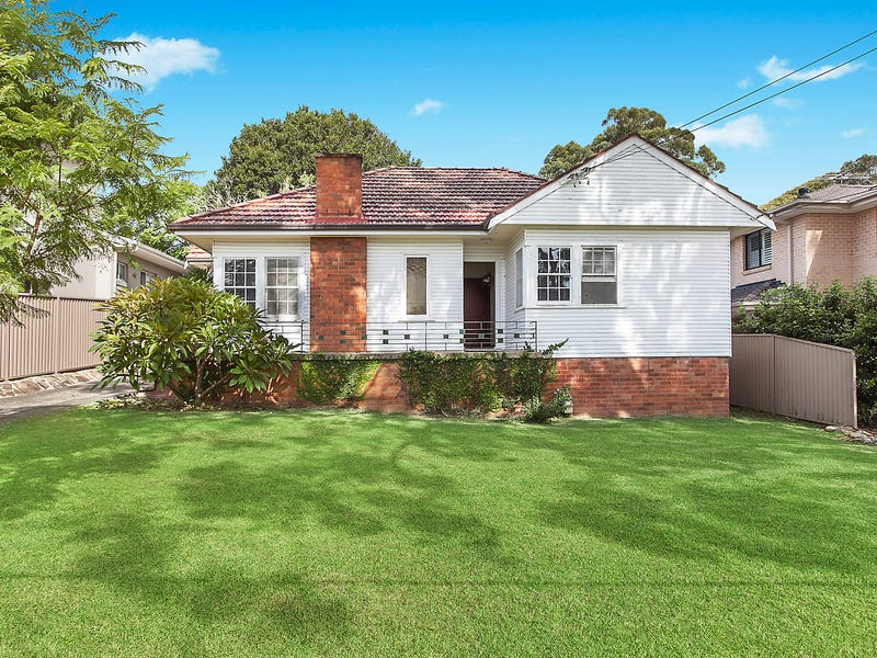 8 Caringbah Road, Woolooware, NSW 2230