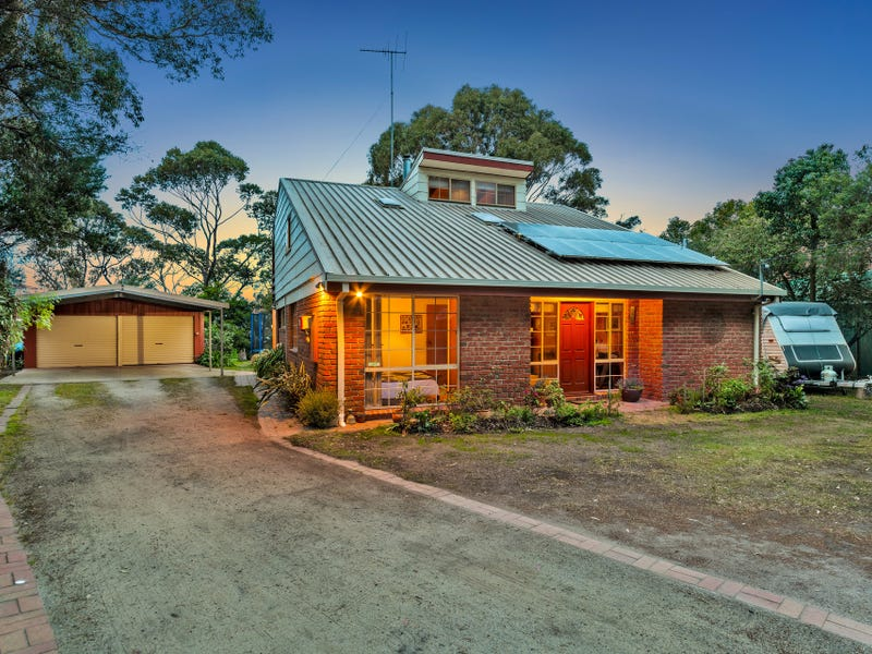9 Cliff Street, St Leonards, Vic 3223