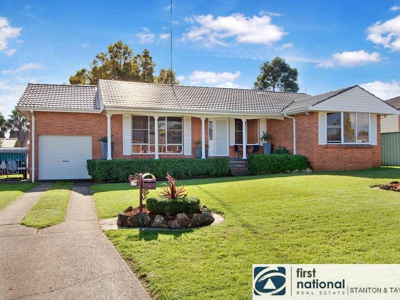 24 Lindsay Crescent, South Penrith, NSW 2750