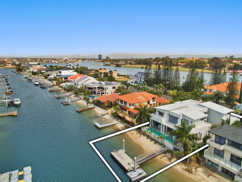 94 Commodore Drive, Paradise Waters, Qld 4217