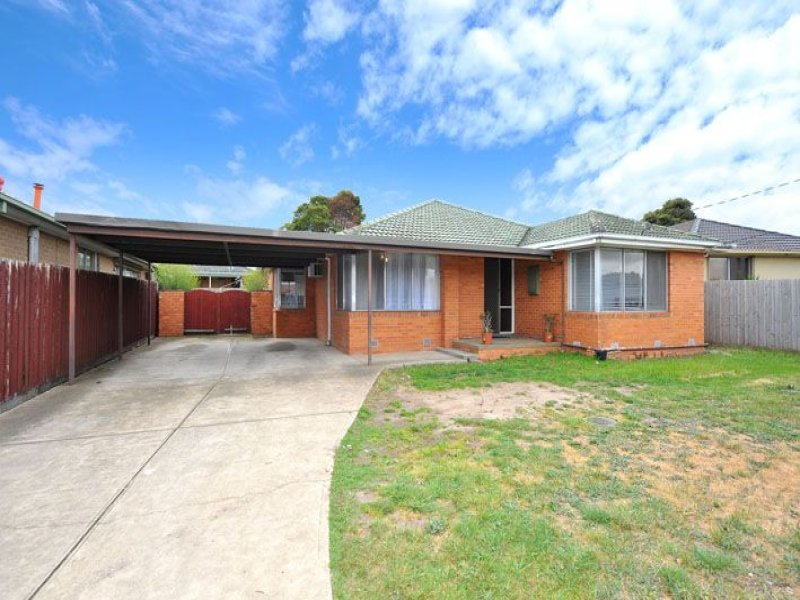 93 South Circular Road, Gladstone Park, Vic 3043
