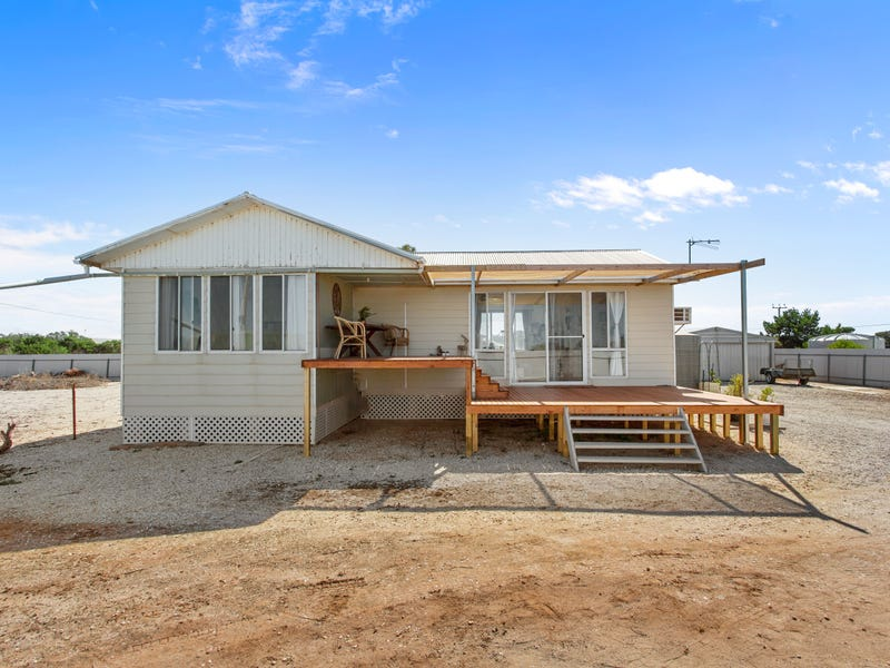 81 The Esplanade, Thompson Beach, SA 5501