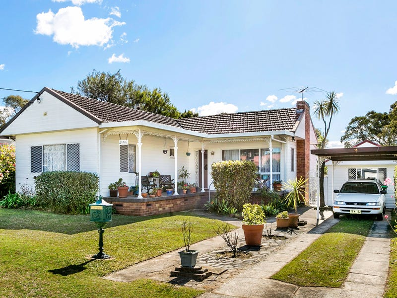 15 Frobisher Ave, Caringbah, NSW 2229