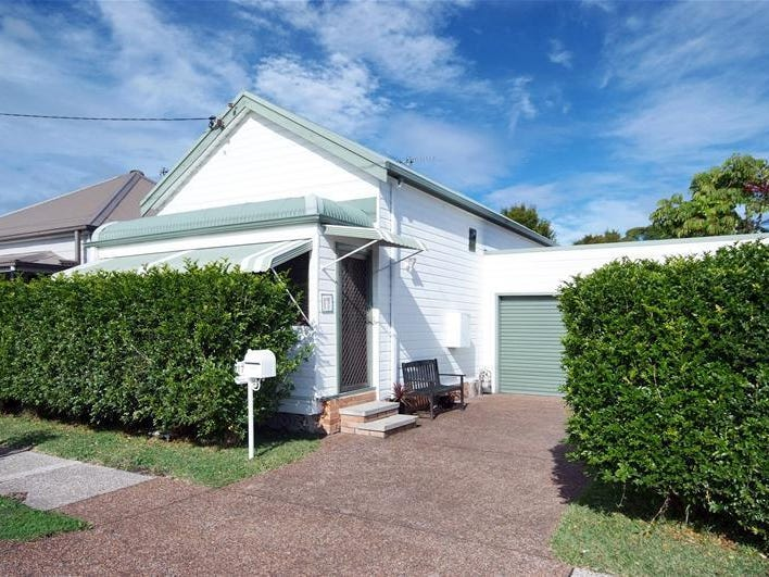 17 Gow Street, Hamilton North, NSW 2292
